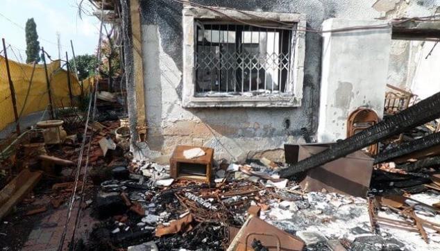 נזקי אש נרחבים בדירה