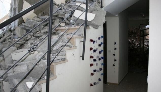 הריסות בבניין פרטי