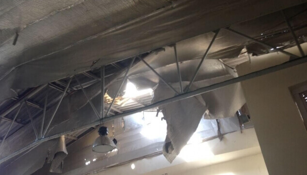 נזק פריצה דרך גג לבית עסק